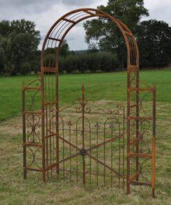 Kalnes Hagesenter*Hagemiljø, Figurer, Metall, Rust, Rose Espalier